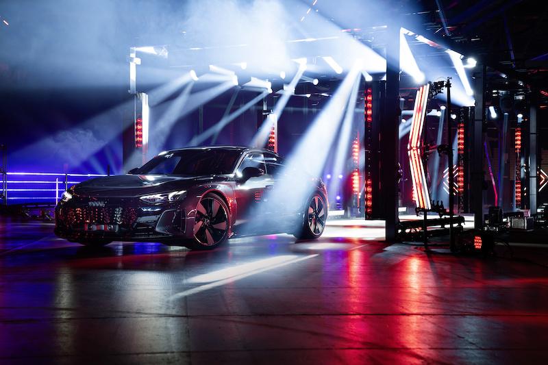 High-speed GLP Light Show for Audi e-tron World Premiere